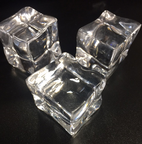 1 Acrylic Ice Cubes Special Effects Unlimited